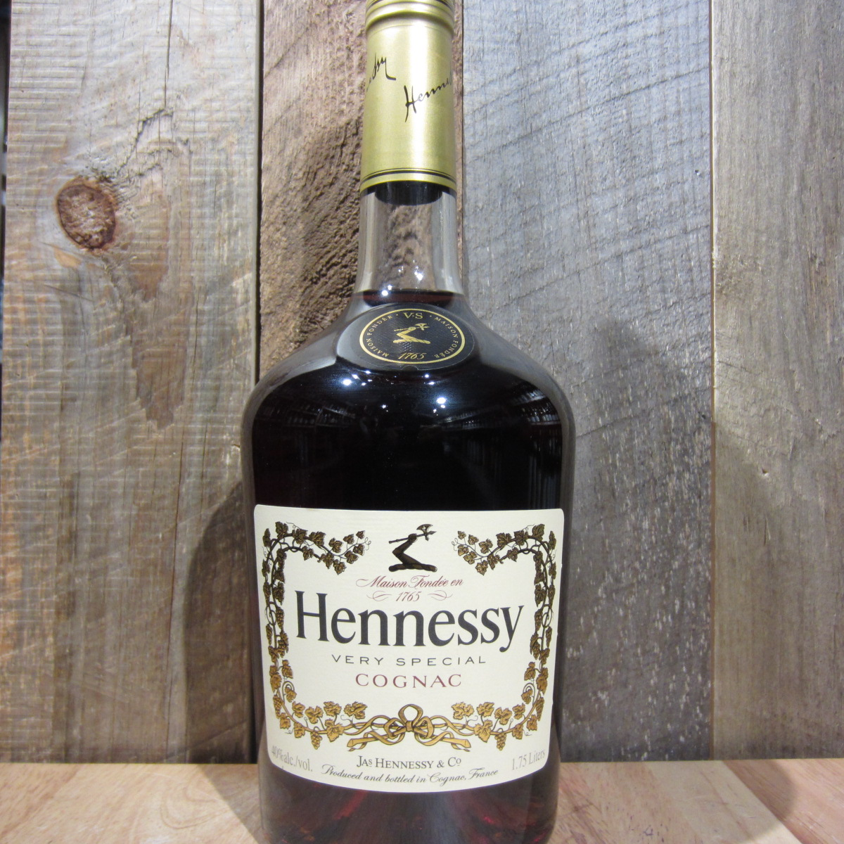 hennessy vs oak and barrel. Black Bedroom Furniture Sets. Home Design Ideas