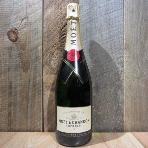 MOET CHANDON BRUT IMPERIAL CHAMPAGNE 750ML