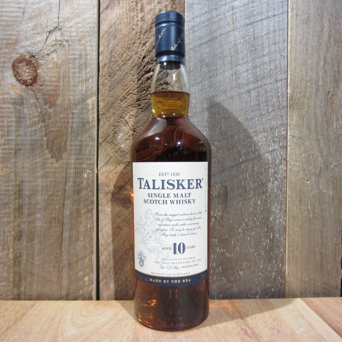 Talisker Distillers Edition 10yr Scotch Whiskey soy candle Smoky Embers scent