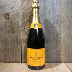 VEUVE CLICQUOT YELLOW LABEL BRUT 750ML