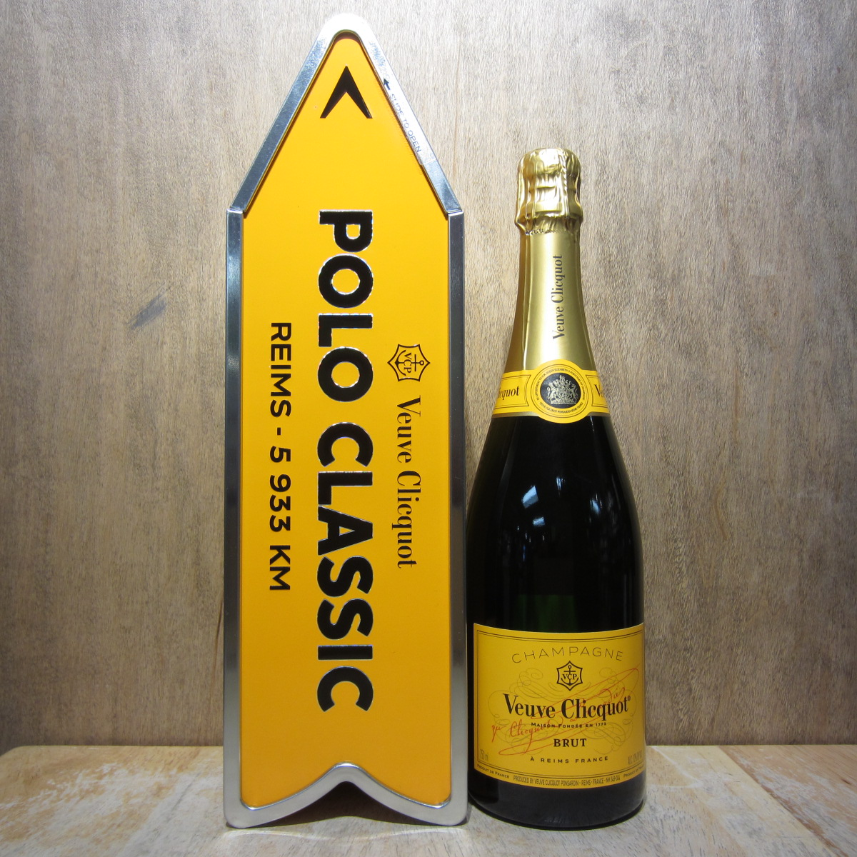 Veuve Clicquot Polo Classic Arrow 750ml
