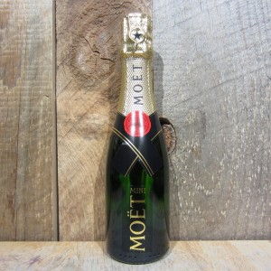 MOET CHANDON BRUT IMPERIAL CHAMPAGNE 187ML (QUARTER BTL)