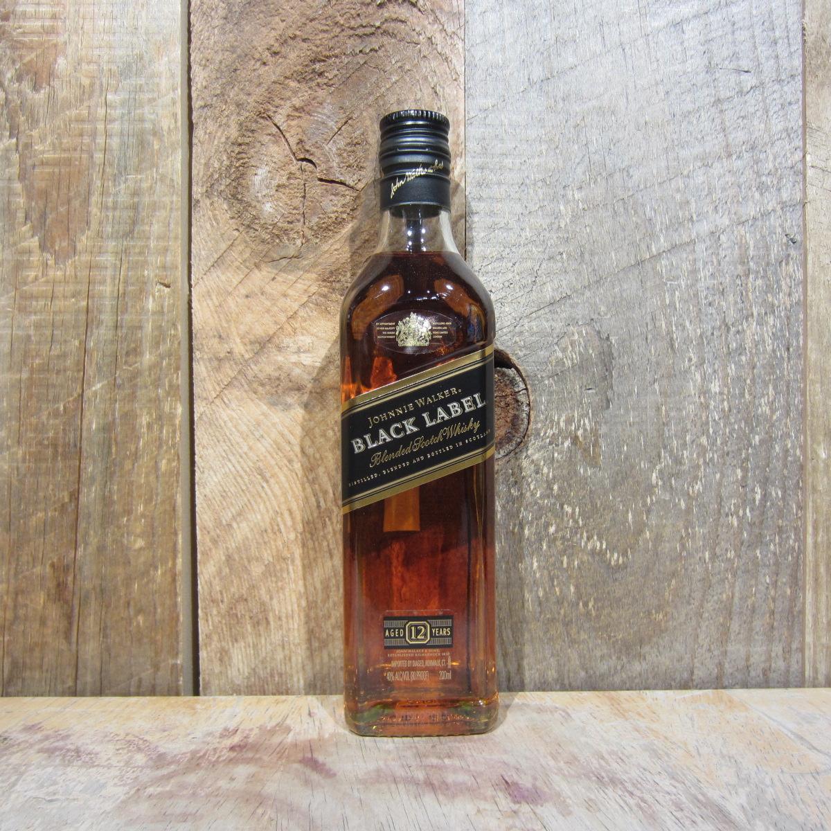 a64192497de23 JOHNNIE WALKER BLACK LABEL 200ML (HALF PINTS) - Oak and ...